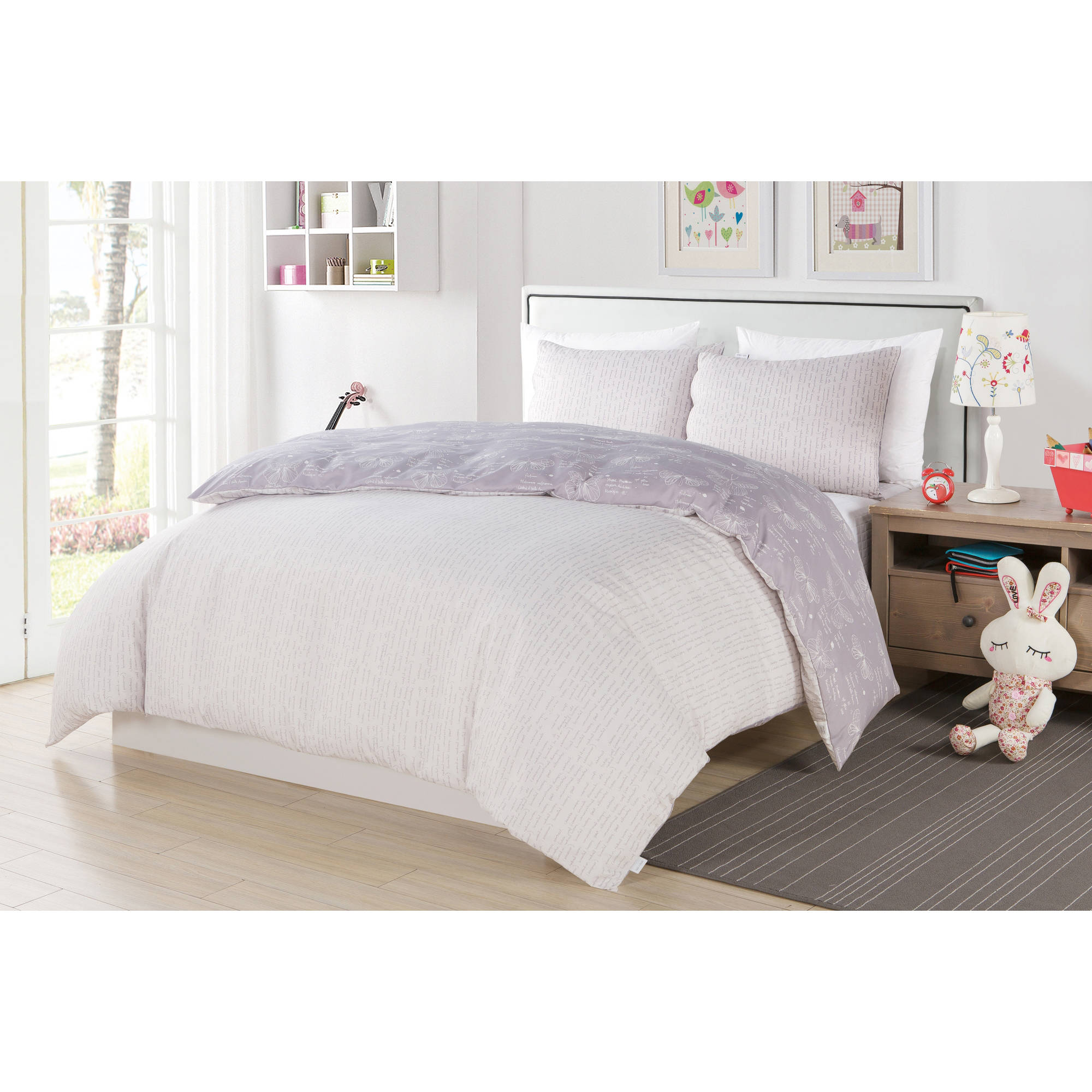 Malar Butterfly 3 Piece Full Comforter Set in Grey-White