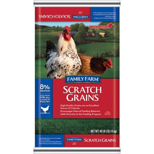 Family Farm Scratch Grains Poultry Feed, 40 Lb