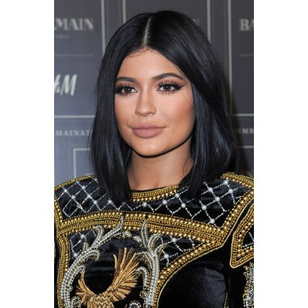 Stretched Canvas Art - Kylie Jenner At Arrivals For Balmain X H&M Collection Launch - Arrivals - Small 8 x 10 inch Wall Art Decor Size. - H&m Halloween Collection 2017
