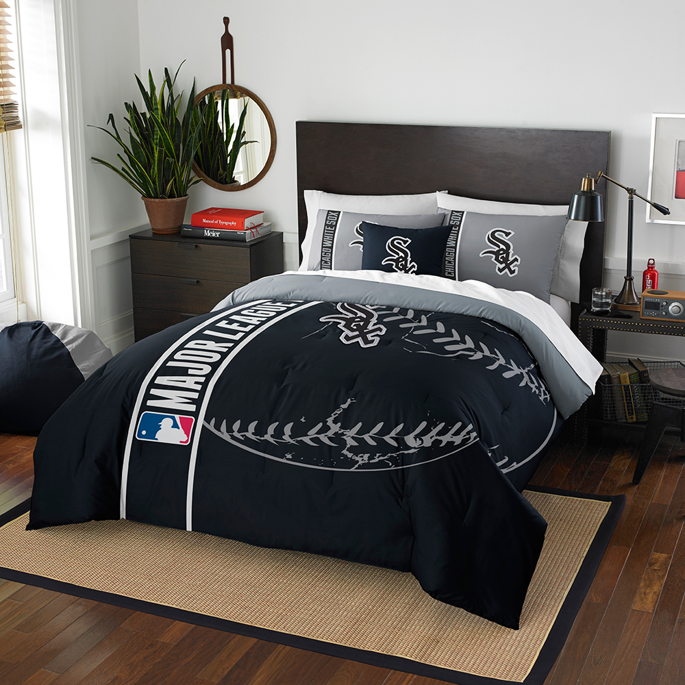 "Chicago White Sox MLB Full Comforter Set (Soft & Cozy) (76"" x 86"")"