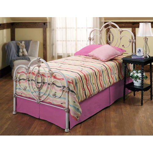 Hillsdale Furniture Victoria Panel Bed
