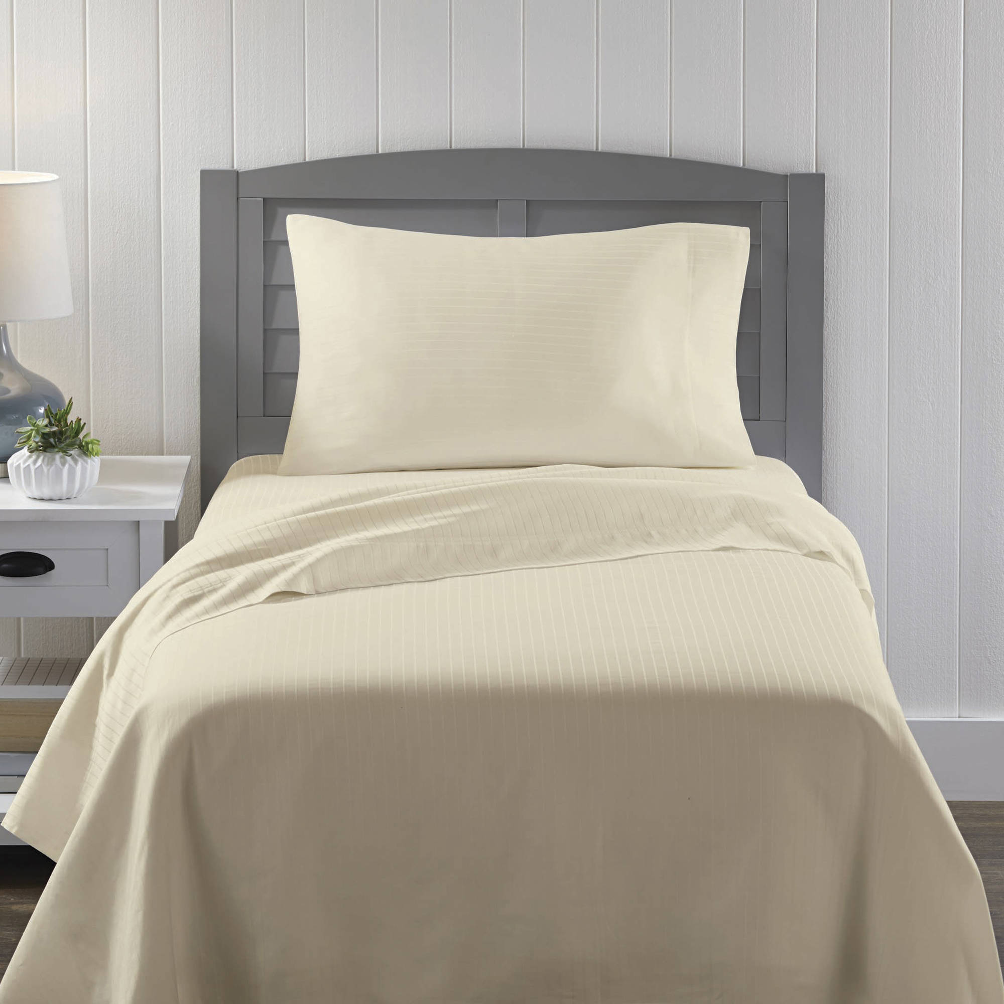 Better Homes and Gardens 300-Thread-Count 100% Cotton Sheet Set