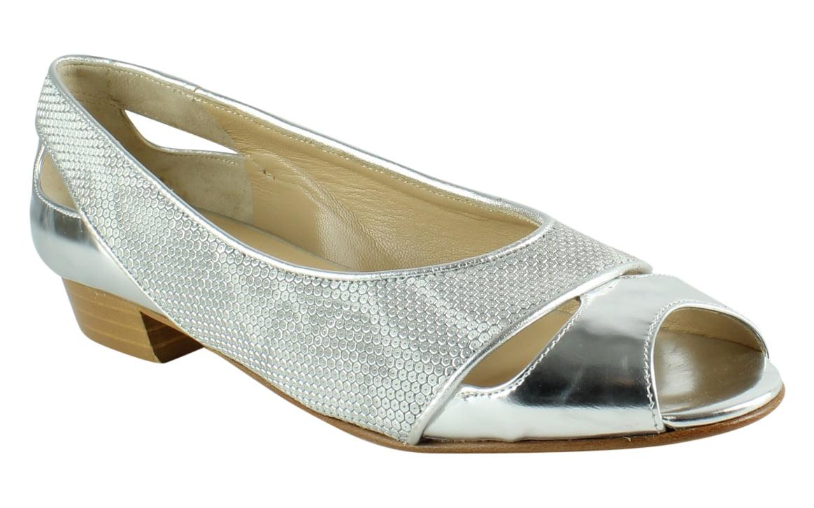 New Amalfi Womens Silver Ballet Flats Size 6.5 by Amalfi
