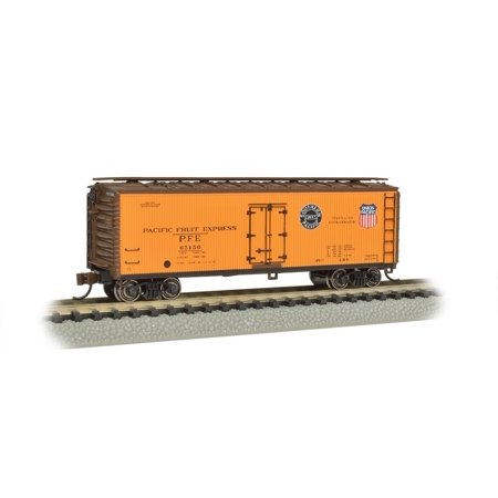 Bachmann Industries Wood Side Reefer Pacific Fruit Express N-Scale Freight Car, 40', Bachmann silver series rolling stock By Bachmann (Pacific 40' Stock)
