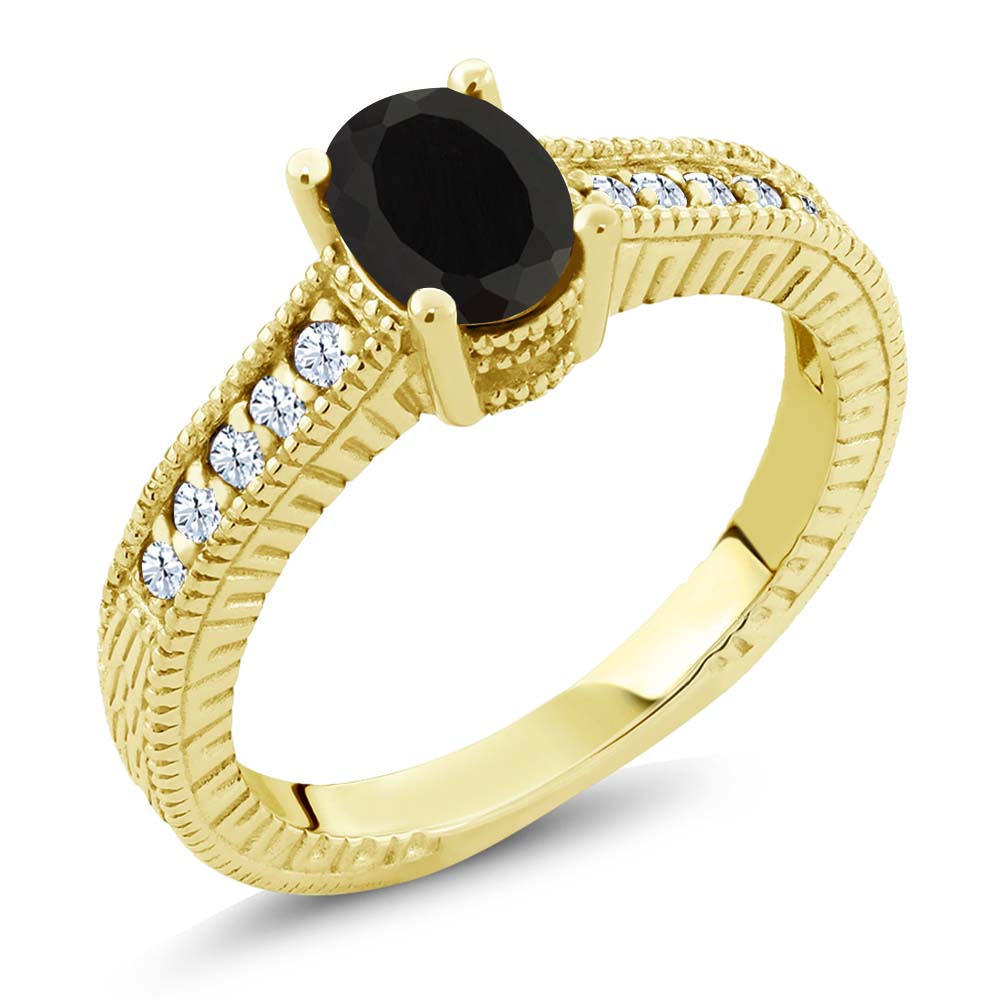 0.98 Ct Oval Black Onyx 18K Yellow Gold Engagement Ring