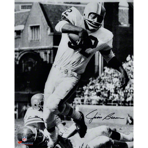 NFL - Jim Brown Cleveland Browns Autographed 16x20 Vertical In White Photograph