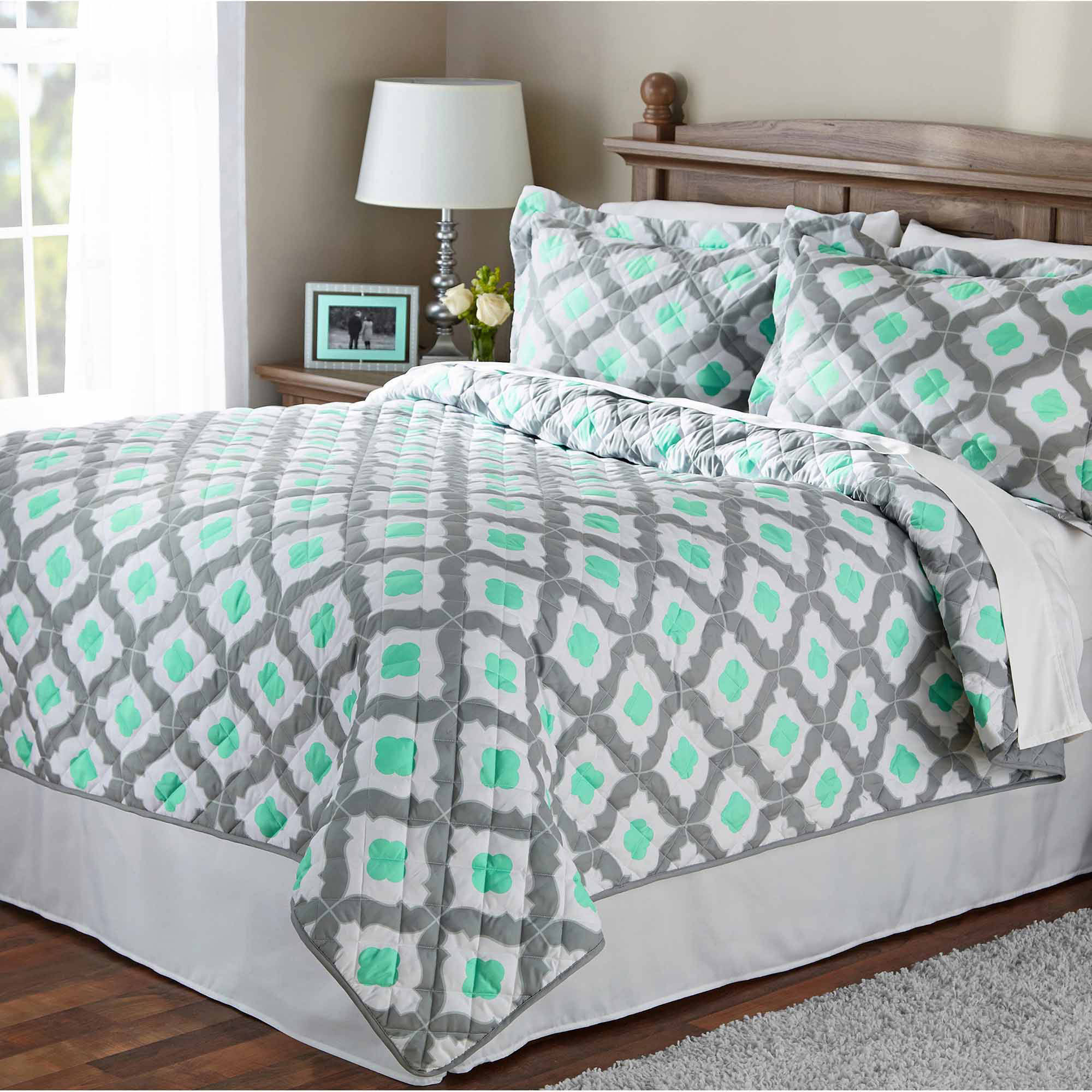 Mainstays Mint Ogee Quilt