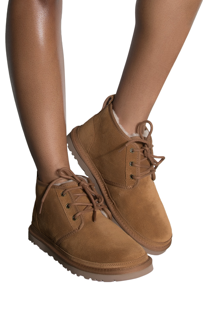 W Neumel Fashion Boot, Port, Size 9.0