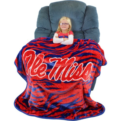 College Covers Mississippi Rebels Throw Blanket