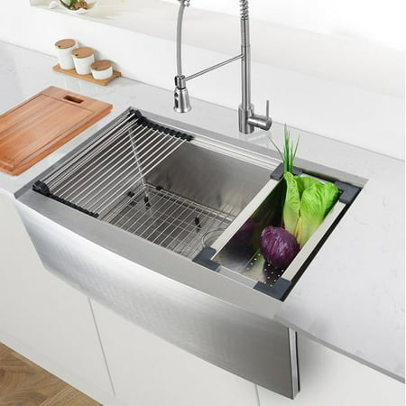 Ruvati Verona Workstation 30\'\' L x 23\'\' W Farmhouse Kitchen Sink