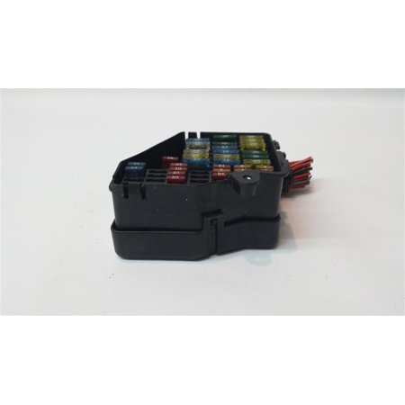 pre owned original part fuse box under dash 2002 audi a4. Black Bedroom Furniture Sets. Home Design Ideas