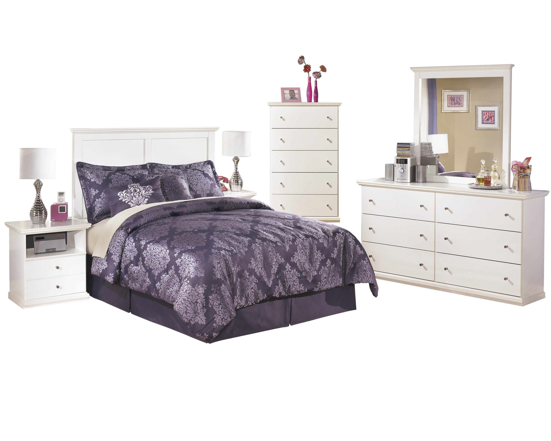 Ashley Furniture Bostwick Shoals 6 Pc Queen Panel Headboard Bedroom Set W 2 Nightstands Chest White Walmart Com Walmart Com