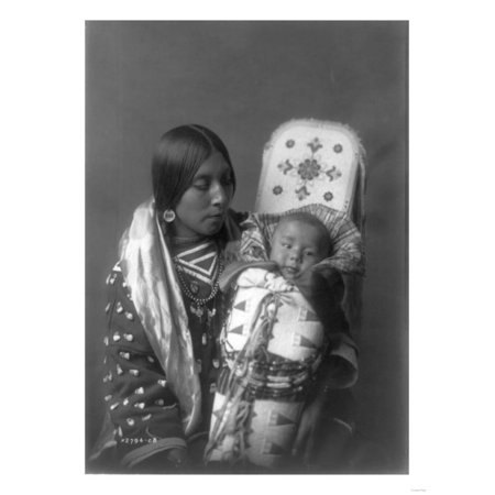 Mother and child Apsaroke Indian Edward Curtis Photograph Print Wall Art By Lantern Press (Indian Wood Photograph)