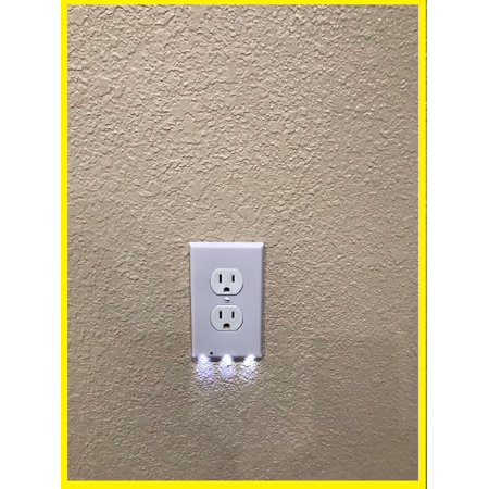 4 Pack Wall Outlet Cover plate Plug Cover With LED Lights Auto off white duplex - Light Cover