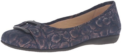 Trotters Women's Sizzle Ballet Flat by Trotters