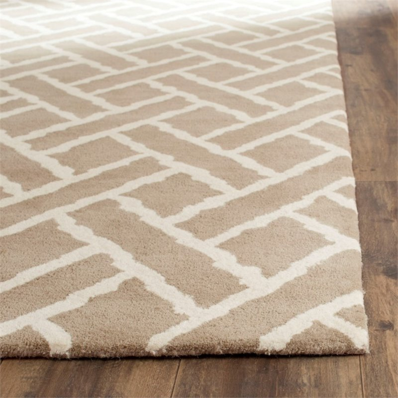 Safavieh Chatham 4' X 6' Hand Tufted Wool Rug in Beige and Ivory - image 3 of 10