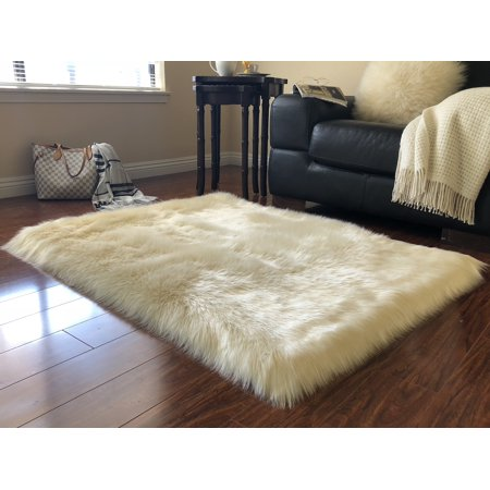 Soho Luxurious Faux Sheepskin Cream Shag Area Rug or Runner ()