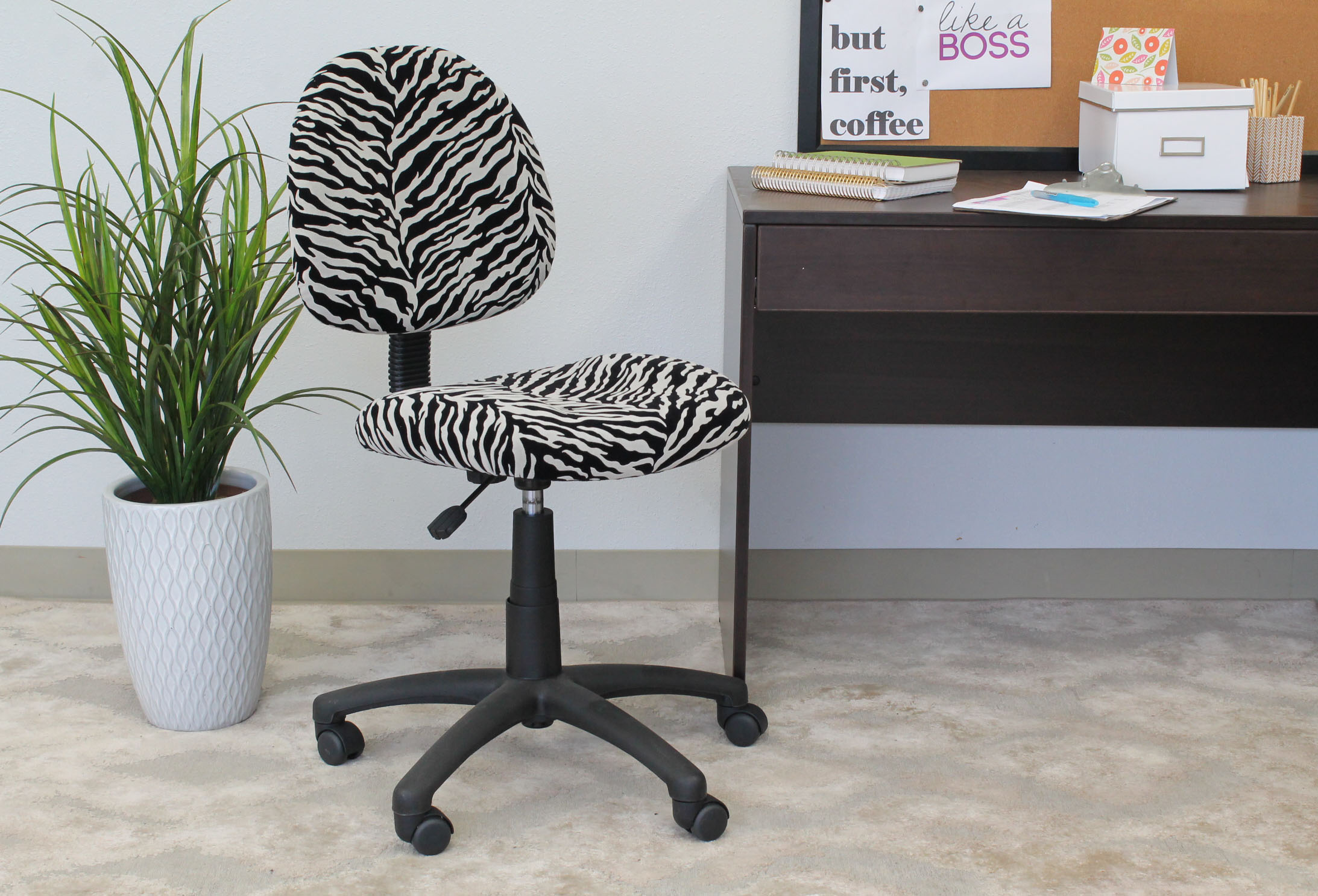Boss Office Products Zebra Perfect Posture Delubye Modern Home Office Chair without Arms by Boss Office Products