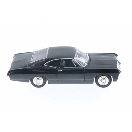 1967 Chevy Impala SS Showroom Floor, Black - Jada 98910-MJ - 1/24 Scale Diecast Model Toy Car, 1/24 Scale collectible vehicle model By