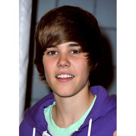 Justin Bieber In Attendance For 2009 Arthur Ashe Kids Day Presented By Hess Stretched Canvas -  (16 x