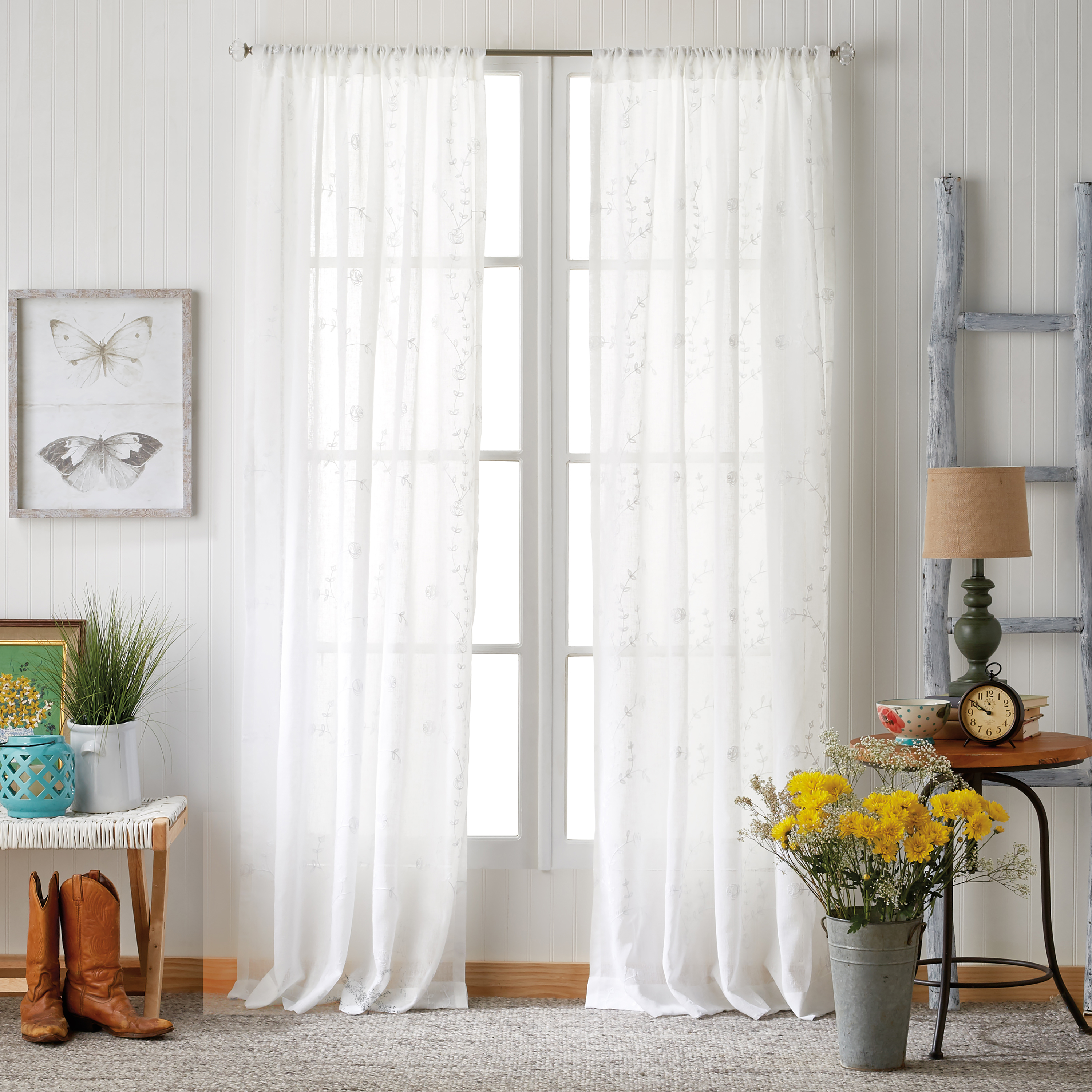 The Pioneer Woman Ravishing Rosebud Pole Top Curtain Panel
