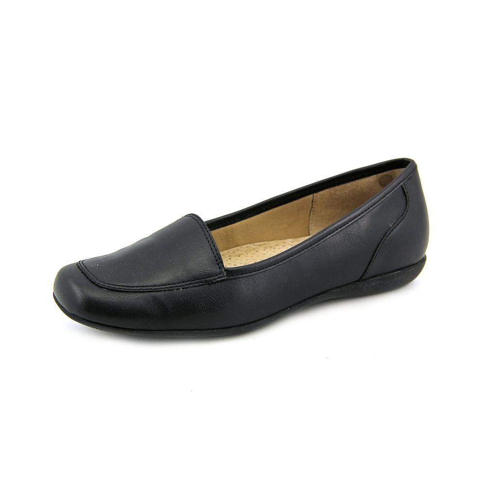 Trotters Fantasy N S Moc Toe Synthetic Loafer by Trotters