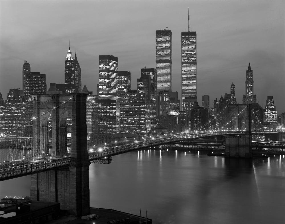 1980s New York City Lower Manhattan Skyline Brooklyn