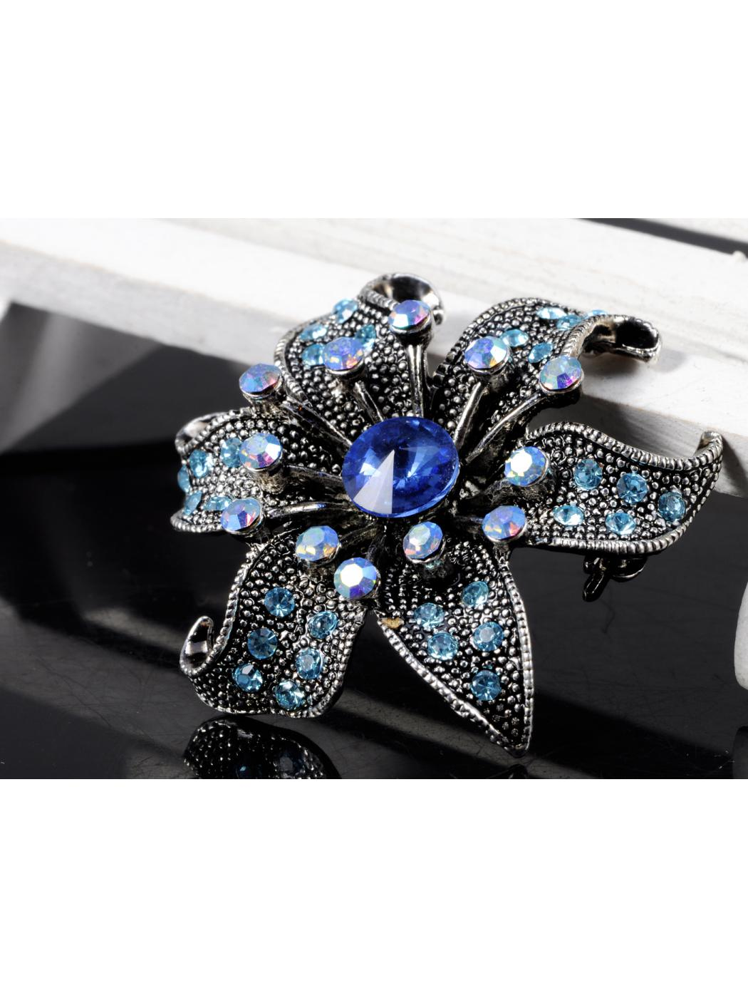 Aquamarine Blue Sapphire Crystal Rhinestone Dark Silver Tone Flower Pin Brooch by