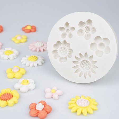Wild cute small flower mold Silicone Mold Chocolate baking Tools Non-stick - image 1 of 6