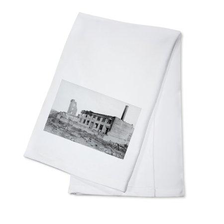 Astoria  Oregon Fire View Of Astoria Natl  Bank Photograph  100  Cotton Kitchen Towel