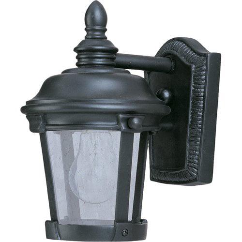 Darby Home Co Nunnally 1-Light Outdoor Wall Lantern
