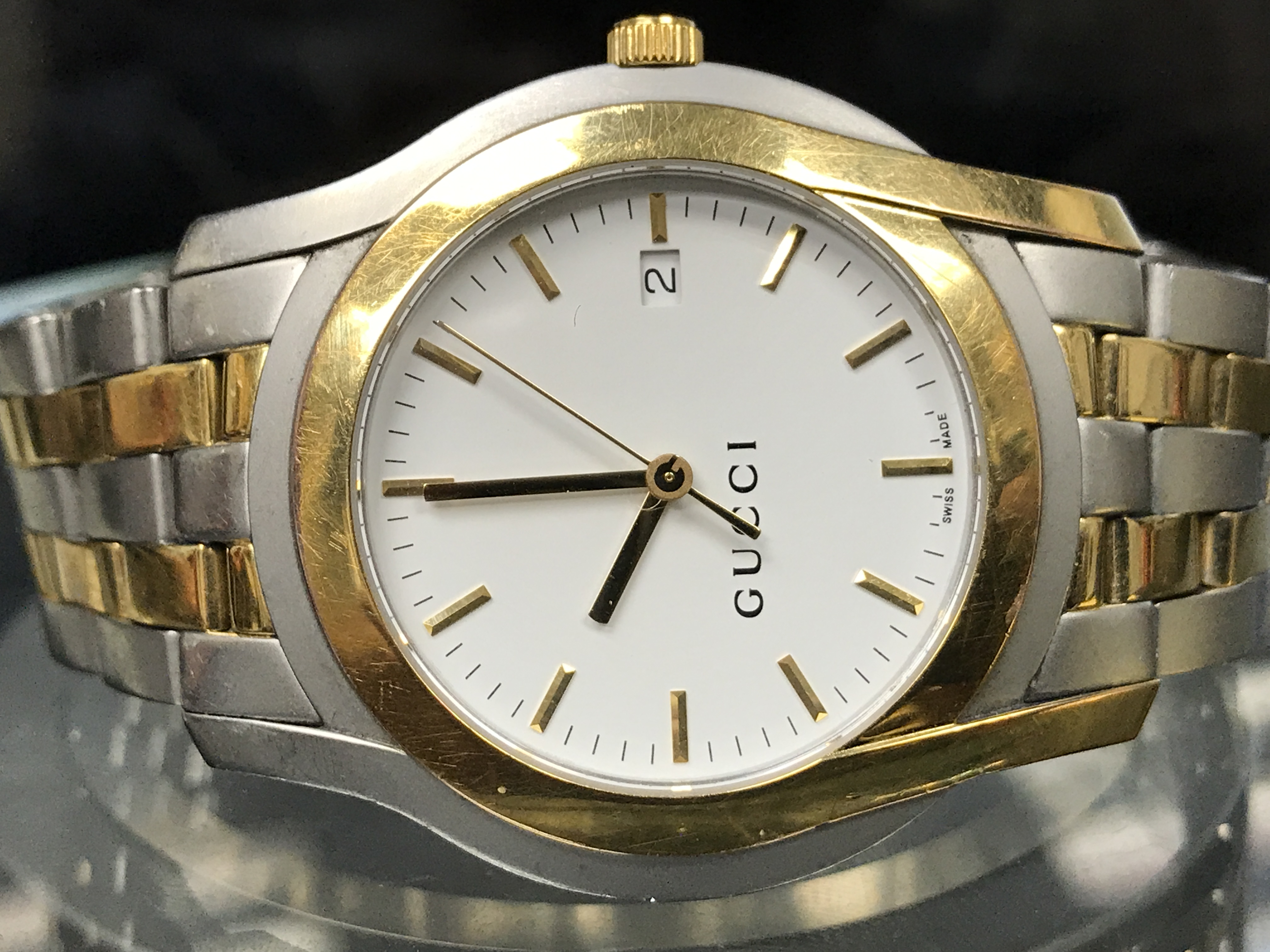 f331bd57908 Gucci - 5500 YA055216 Stainless Steel Gold Plated Quartz Men s Watch  (Pre-owned - No Box Papers) - Walmart.com