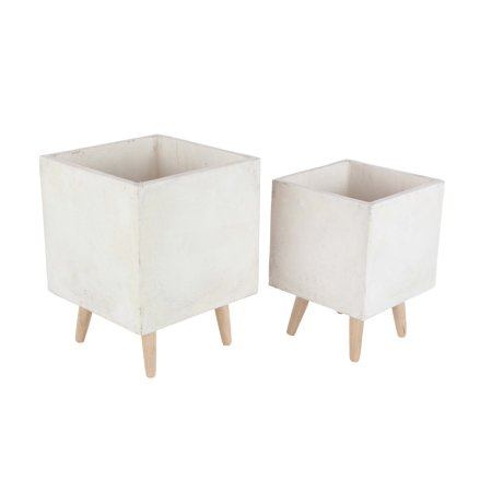 Decmode Set of 2 Contemporary 15 and 18 Inch Fiberclay Planters With Wooden Stand, White