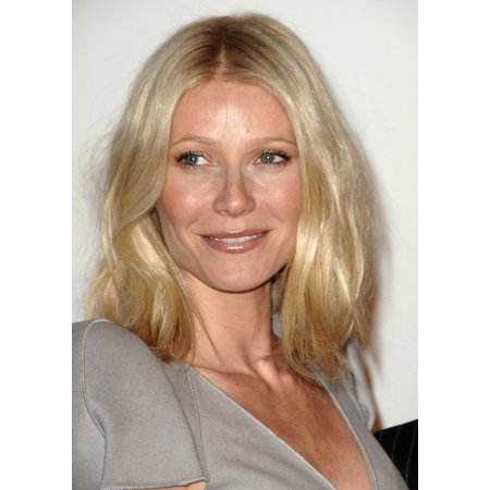 Gwyneth Paltrow At Arrivals For LA Premiere Of Valentino The Last Emperor Lacma Los Angeles County Museum Of Art Los Angeles Ca April 1 2009 Photo By Dee CerconeEverett Collection (Gwyneth Paltrow Style)