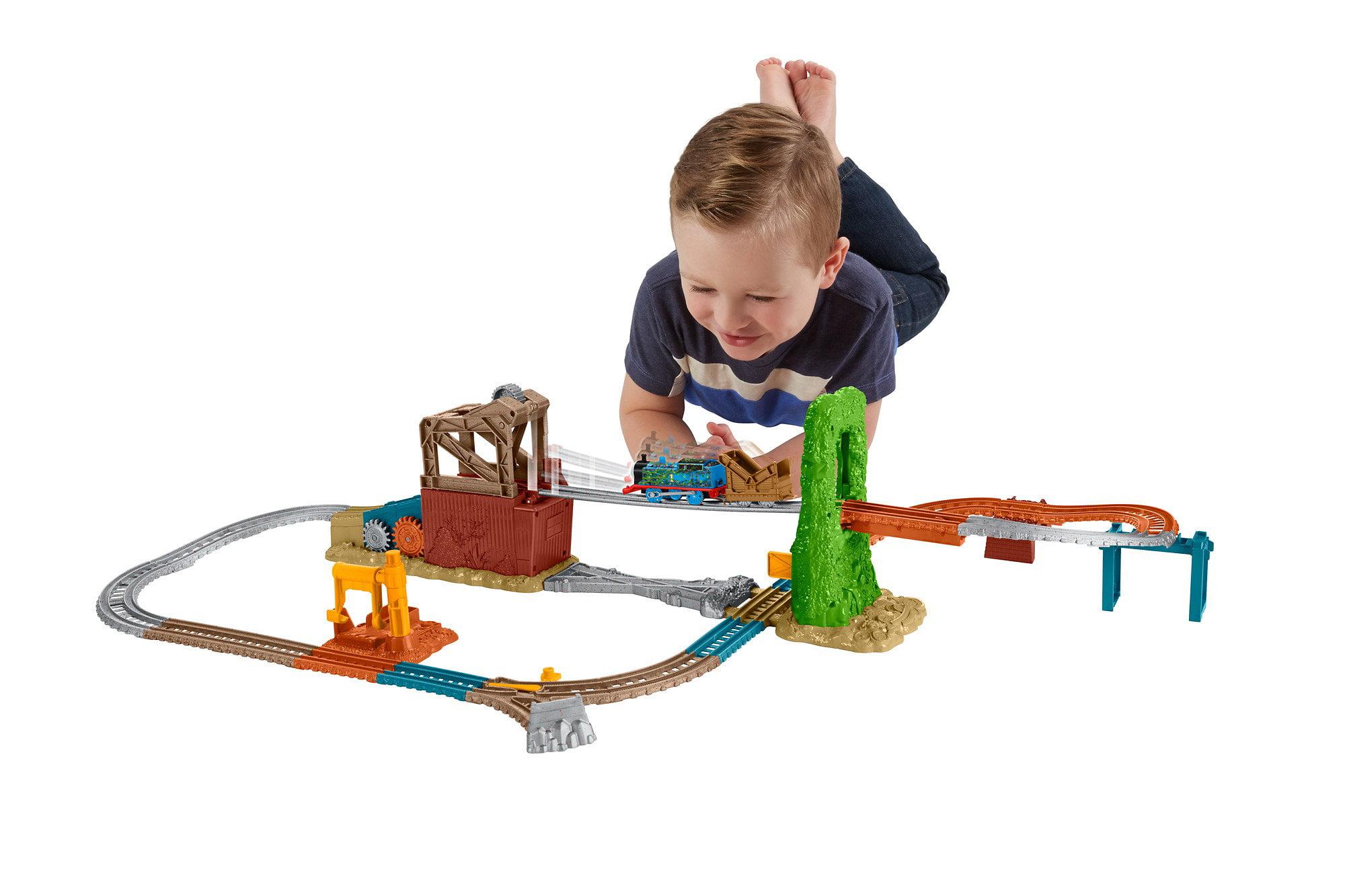 Fisher Price Thomas & Friends Trackmaster Scrapyard Escape Set by Mattel