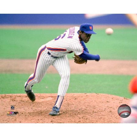 Dwight Gooden 1985 Action Photo Print