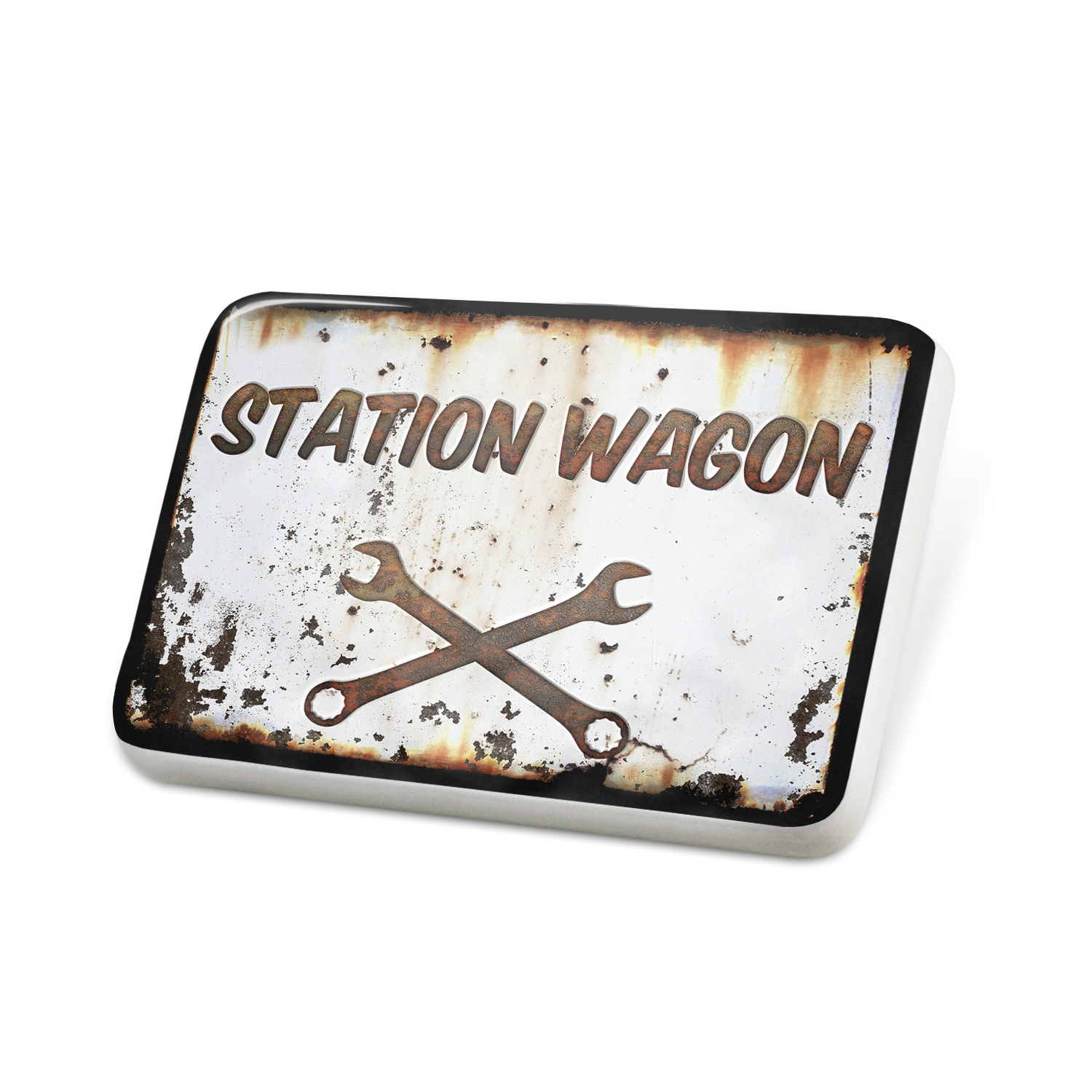 Porcelein Pin Rusty old look car Station wagon Lapel Badge – NEONBLOND