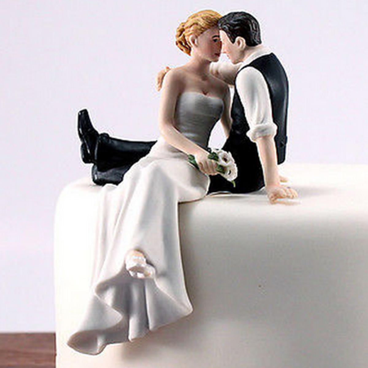 Romantic Bride and Groom Wedding Cake Topper Couple Hug Kiss Bridal ...
