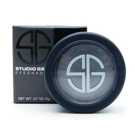 Studio Gears (Studio Gear Eyeshadow Fade to Black .07)