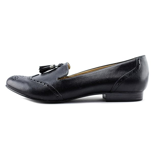Womens Lorraine Closed Toe Loafers