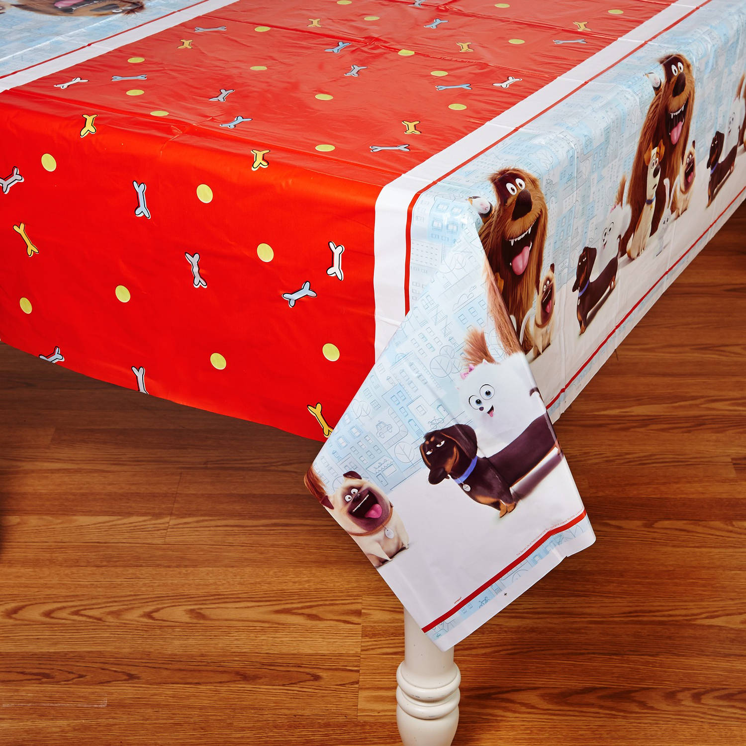 "Plastic The Secret Life of Pets Table Cover, 84"" x 54"""