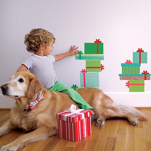 Trendy Peas Christmas Gifts Fabric Wall Decal