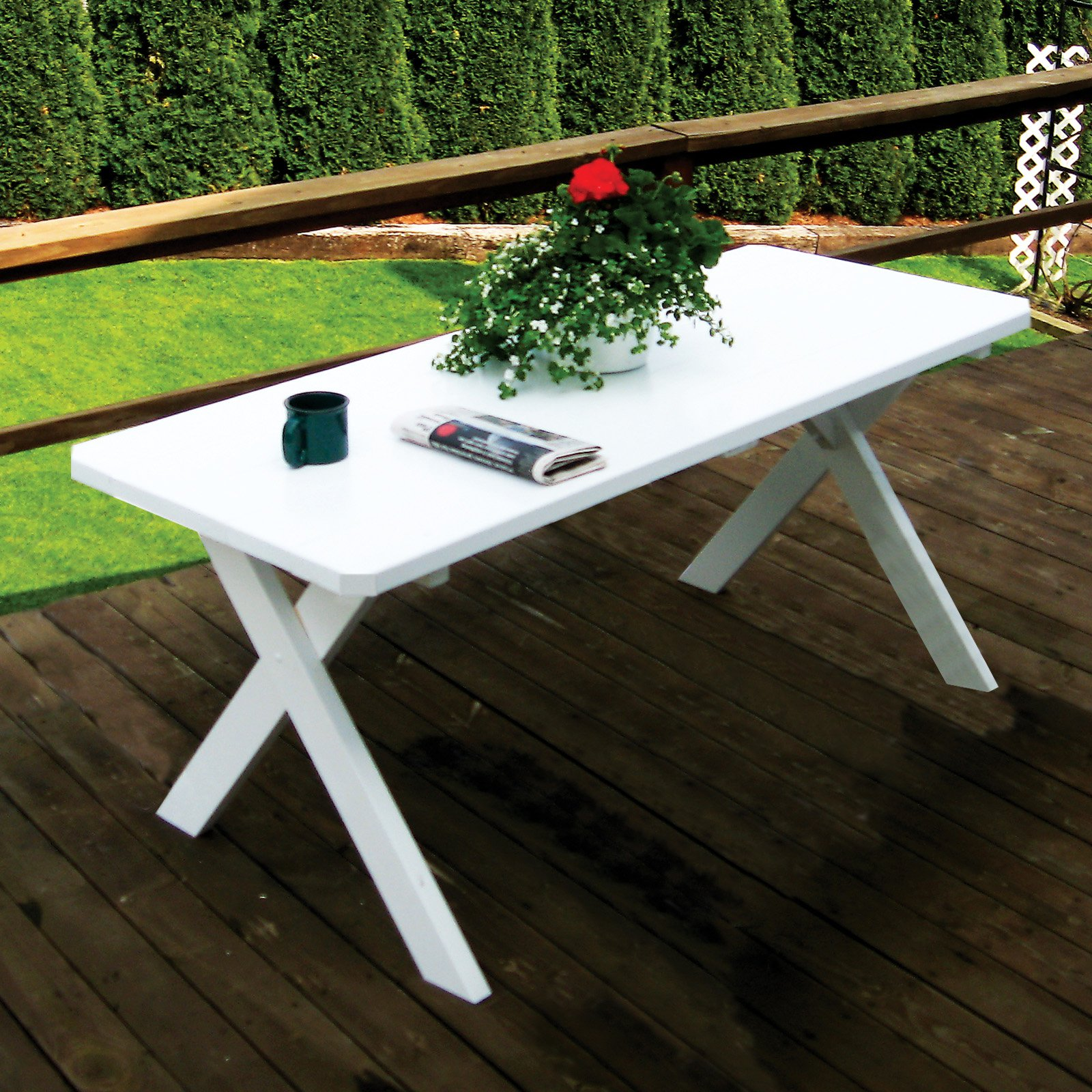 Trex Outdoor Furniture Recycled Plastic Cape Cod Round 48 in