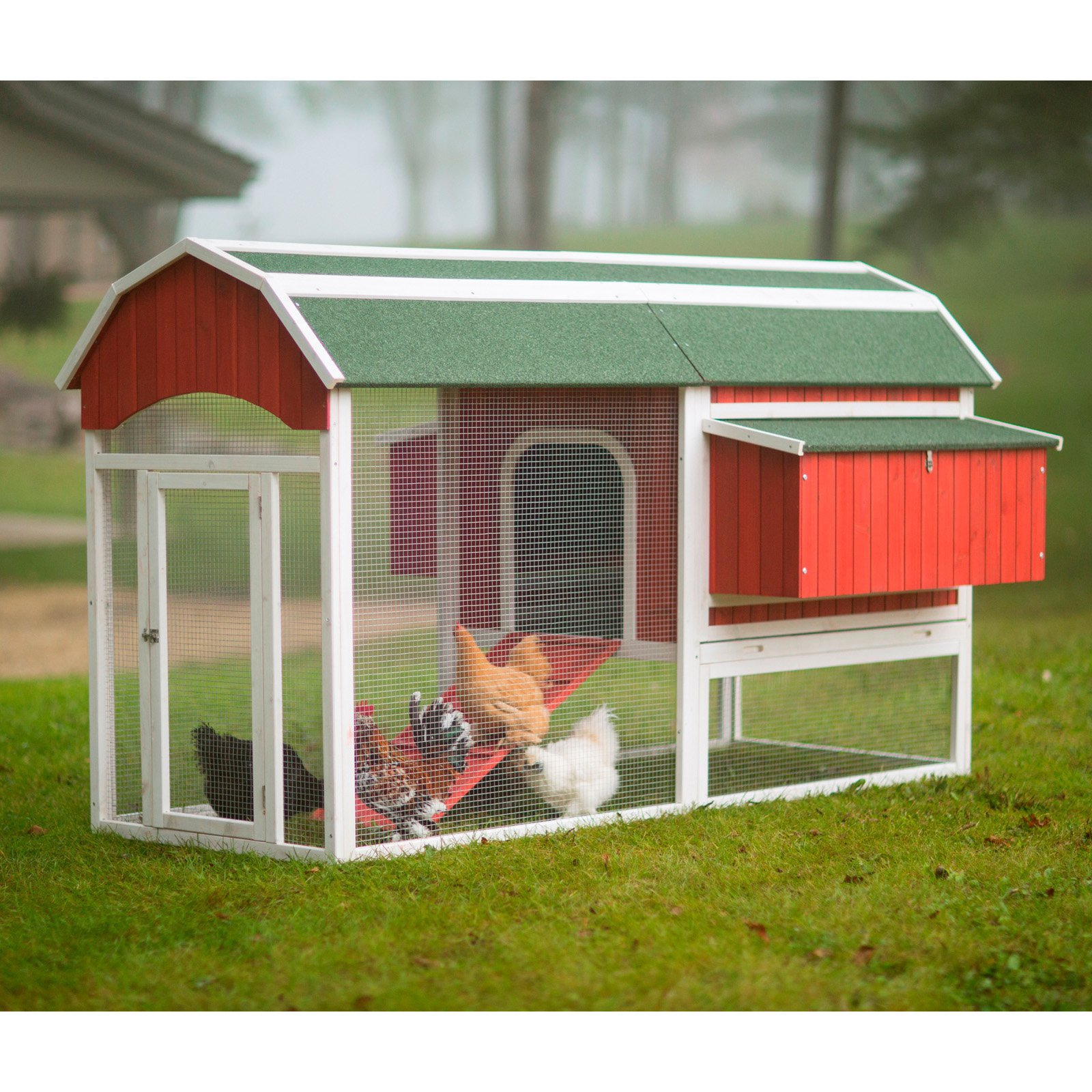 Prevue Pet Products Large Barn Chicken Coop