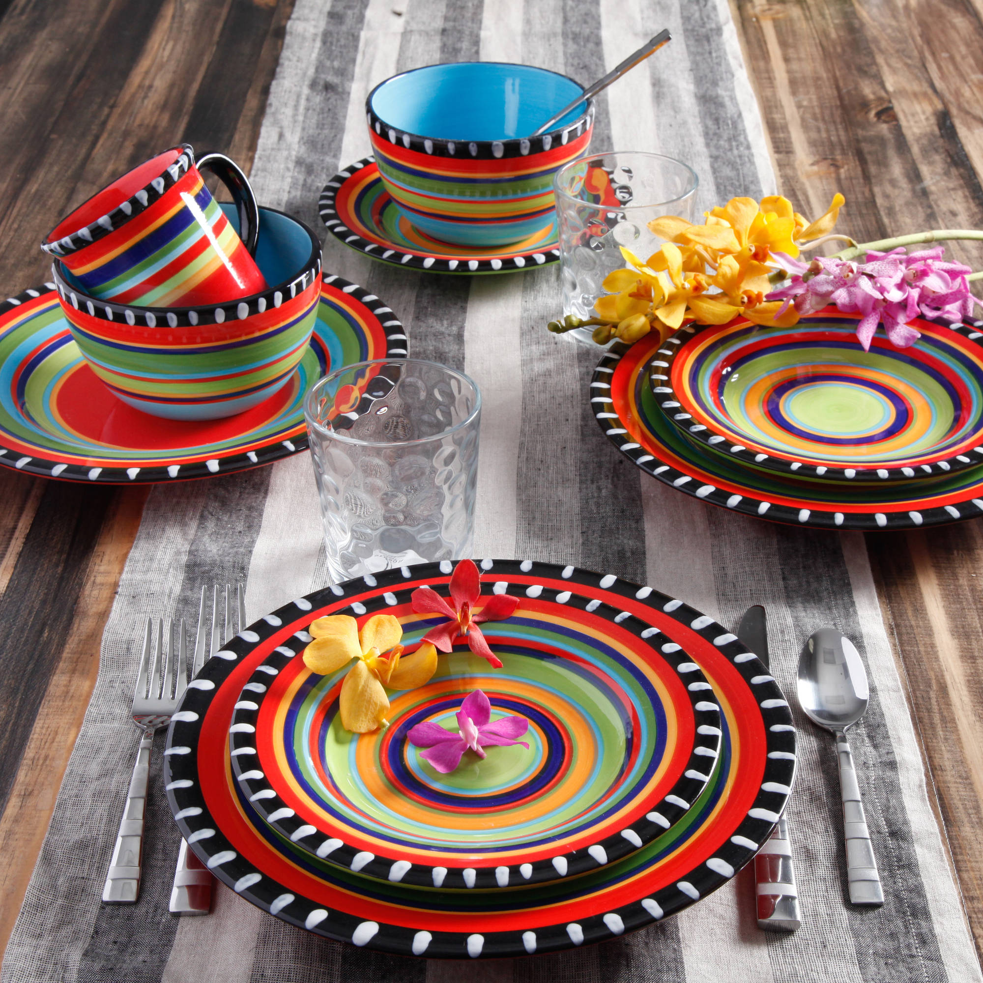Gibson Home Pueblo Springs Handpainted 16-Piece Dinnerware Set, Multi-Color