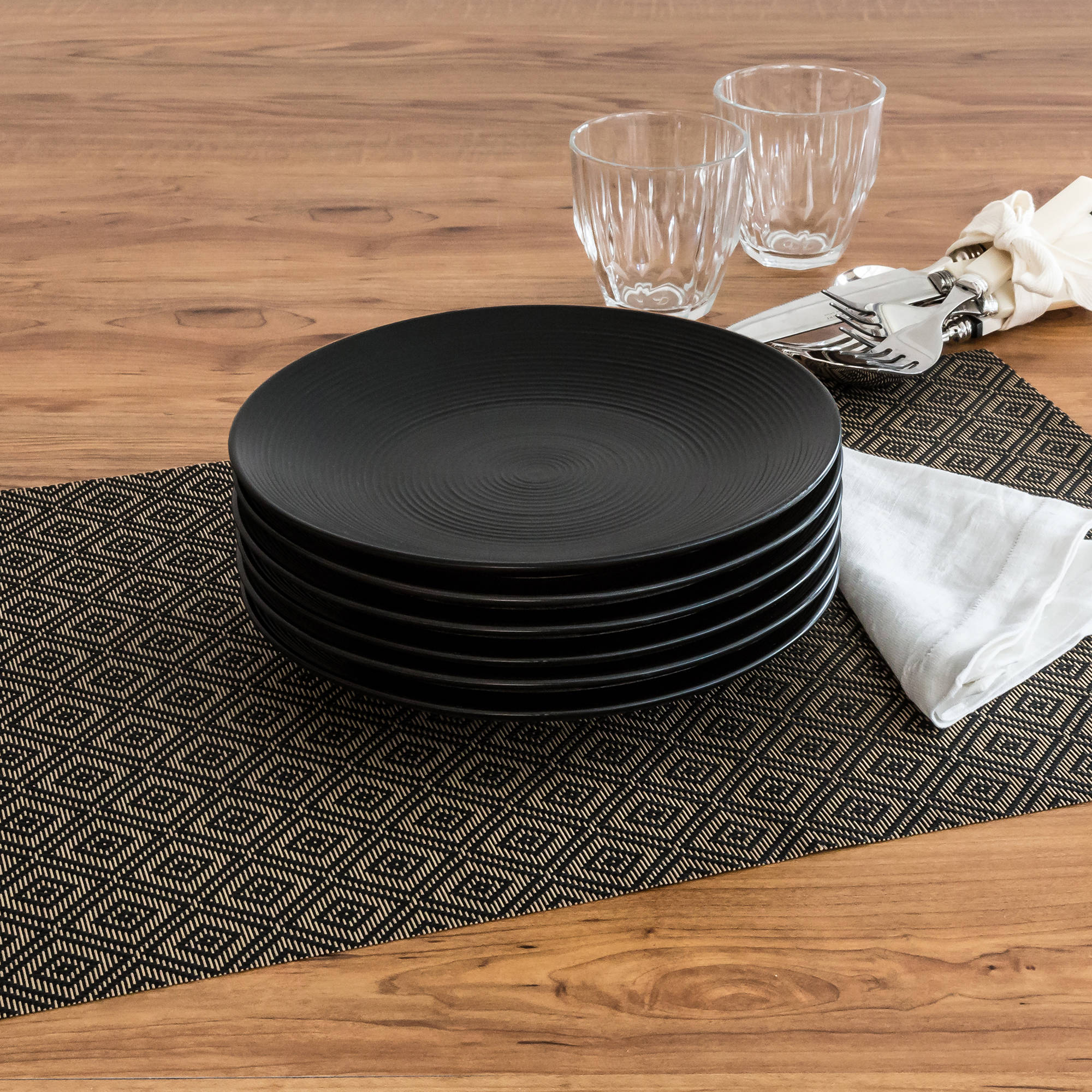 Better Homes and Gardens Matte Swirl Salad Plates, Black, Set of 6