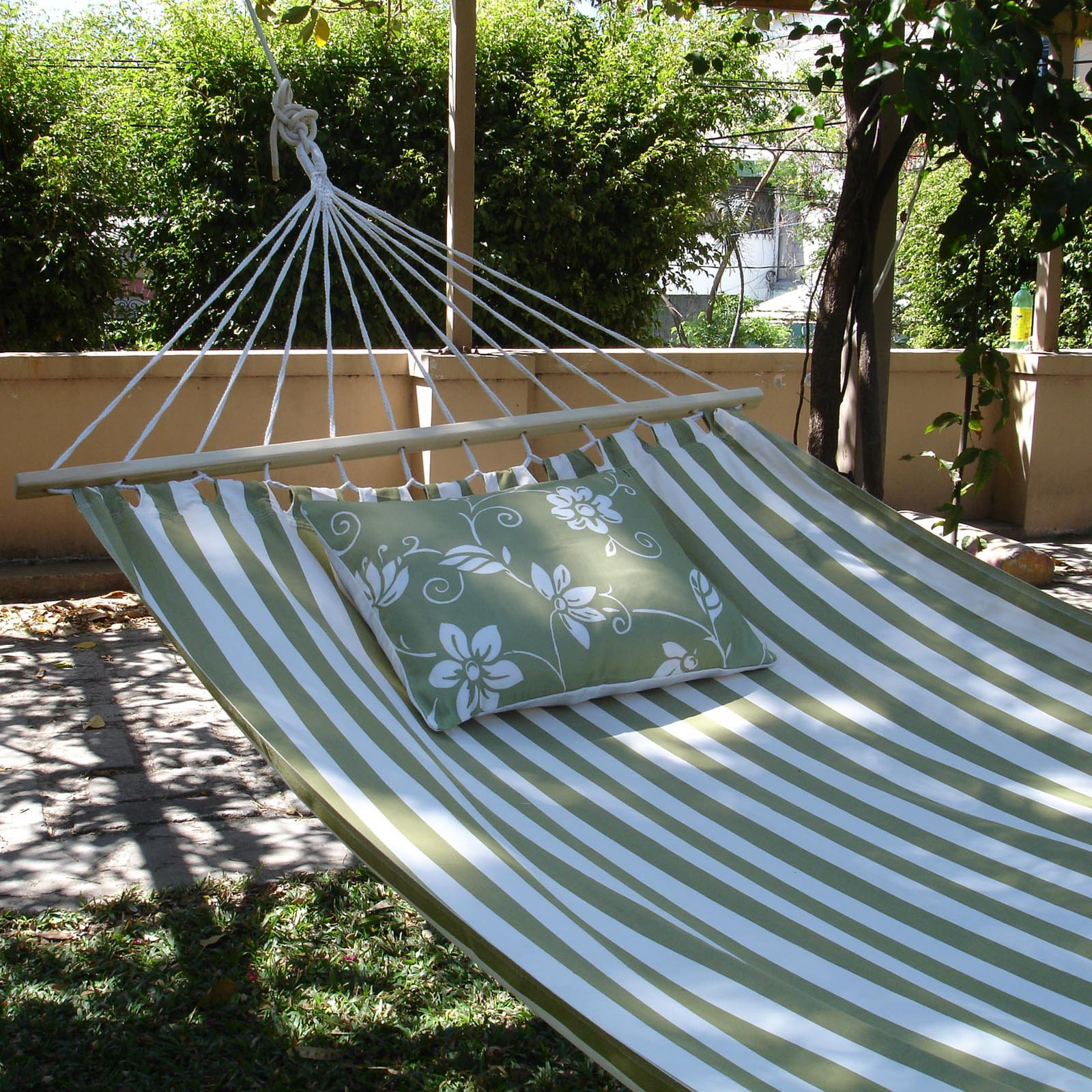 Magnolia Casual Summer Stripe Fabric Double Hammock