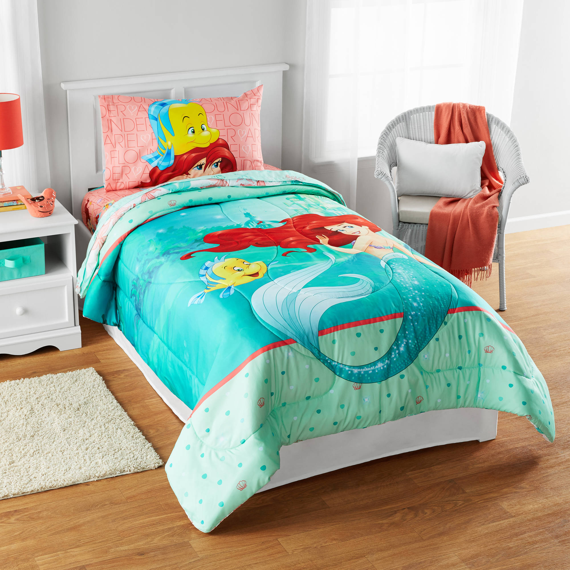 Disney Little Mermaid Besties Chill Together Reversible Twin Full Bedding Comforter Exclusive