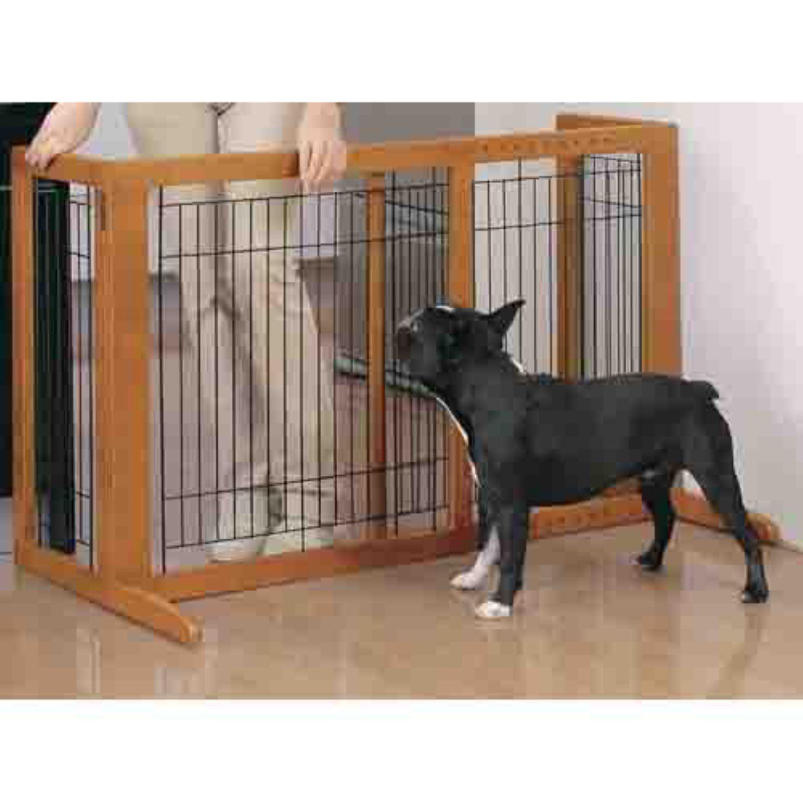 Richell Freestanding HS Pet Gate, Brown