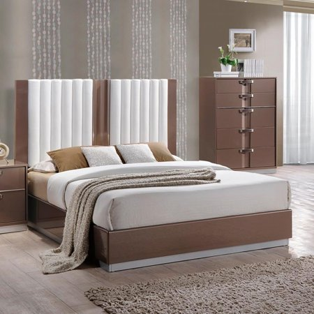 Global Furniture Brooklyn Platform Bed in Light Brown & Cream - (Queen)